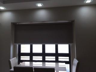 рулонная штора блокирующая свет